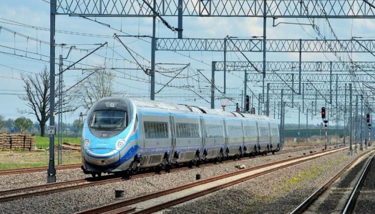 Znów opóźnienie we wprowadzaniu 200 km/h z Warszawy do Gdańska