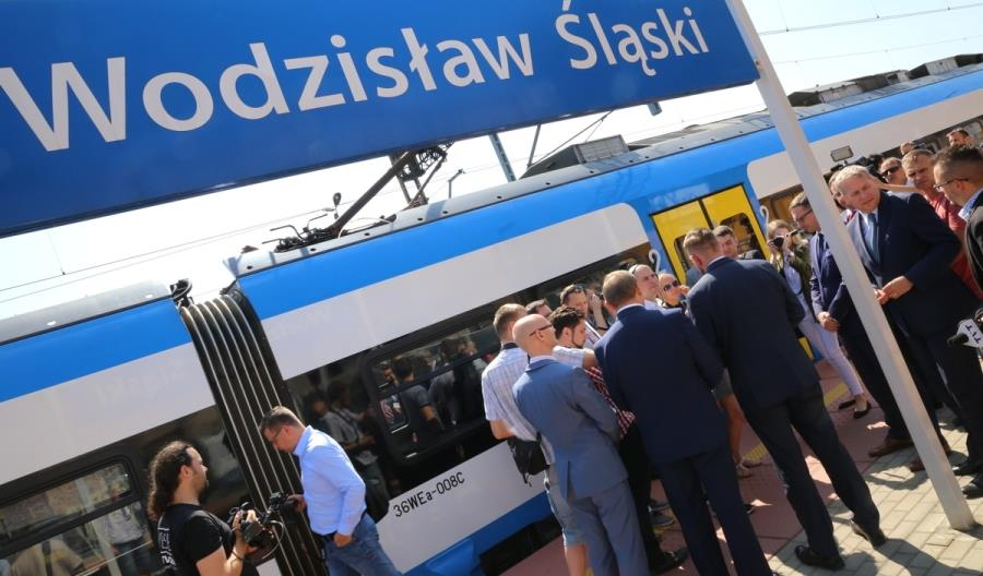 """Będzie aż 27 par pociągów między Rybnikiem a Wodzisławiem. """"To odpowiedź na korki"""""""