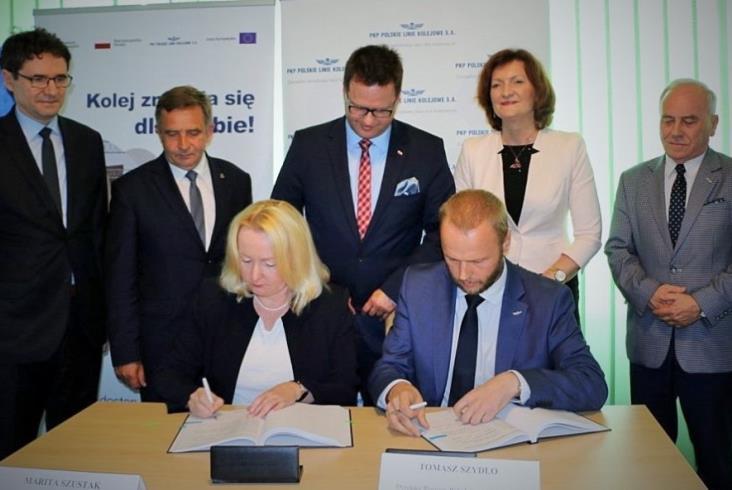 Umowa na przebudowę Rzeszowa Głównego i przystanku Rzeszów Zachodni podpisana