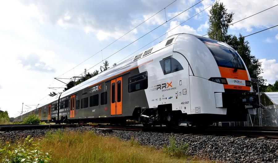 Siemens Desiro HC gotowy. Jak się nim jeździ? [zdjęcia]