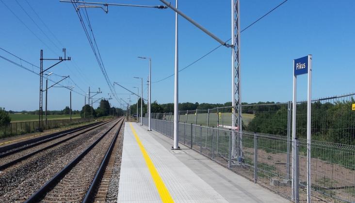 Pierwsze nowe perony na linii 353 między Olsztynem a Iławą