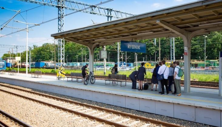 Na nowych torach między Żorami a Chybiem pociągi regionalne tylko w weekendy [aktualizacja]