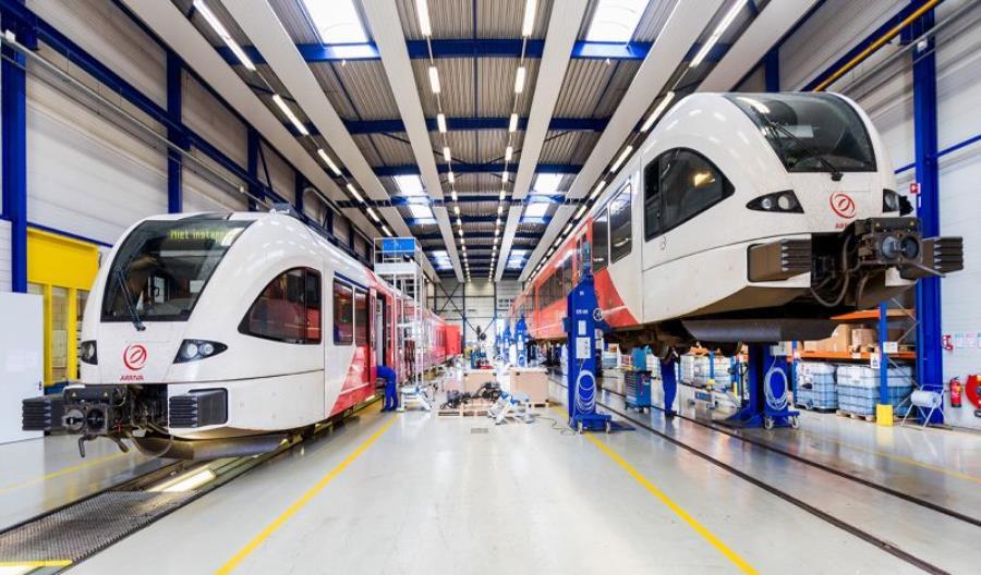 Stadler z długoterminowym kontraktem na serwis i utrzymanie 69 pociągów holenderskiej Arrivy