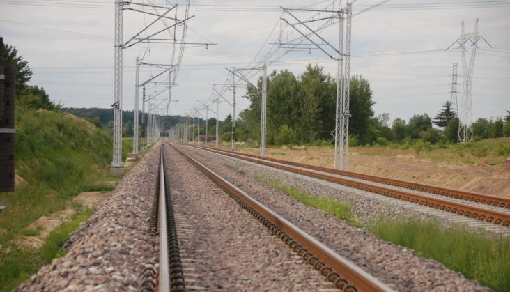 Pociągiem elektrycznym z Lublina do Rzeszowa przez Tarnobrzeg w 2021 r.