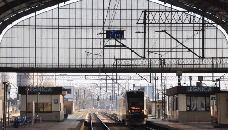 14 wariantów kursowania pociągów między Legnicą a Kłodzkiem w jednym miesiącu