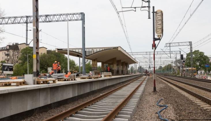 Duże utrudnienia na linii Warszawa – Łódź