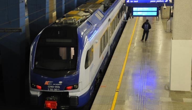 Otwarcie ofert na dostawę ezt dla PKP Intercity przekładane od lutego