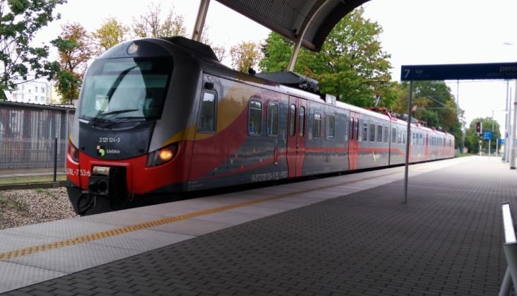Łódzkie: Więcej pociągów do Tomaszowa i iR do Warszawy