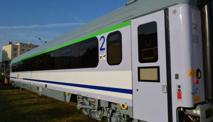 Cegielski zaprezentuje w Berlinie zmodernizowany wagon dla IC z nowymi wózkami