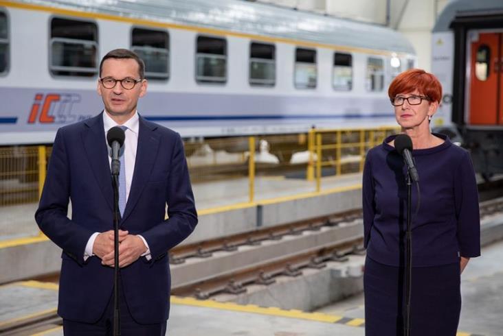 Premier o podniesieniu płacy minimalnej. W tle zakłady kolejowe Remtrak [zdjęcia]