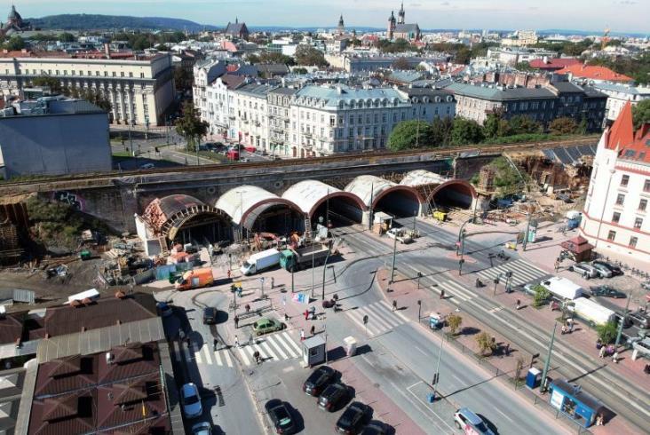PLK: Wiadukt w Krakowie poszerzony