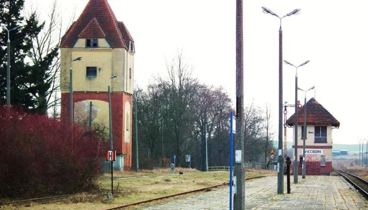Linia 281: Zamknięto perony w Kujawsko-Pomorskiem