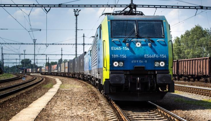 PKP Cargo podpisuje umowę z PKP Energetyka na ponad 1 mld zł