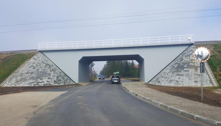 PLK zmodernizowały dwa wiadukty kolejowe między Przemyślem a Jarosławiem