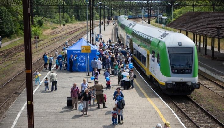 Wakacyjny pociąg Słoneczny Kolei Mazowieckich znowu z rekordem frekwencji