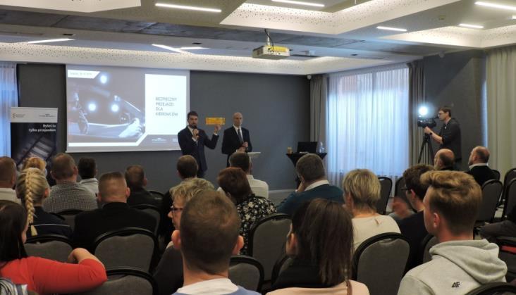 PLK będzie szkolić instruktorów nauki jazdy w Pomorskiem