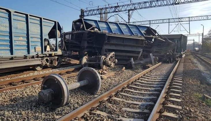 Wykolejenie pociągu pod Strzelcami Opolskimi. Są spore utrudnienia w ruchu