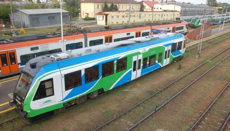Z Lublina do Rzeszowa z dwoma przesiadkami lub autobusem
