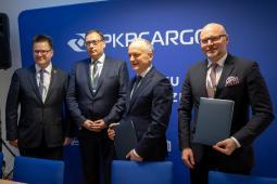 JSW i FPS będą pracować nad wodorową lokomotywą dla PKP Cargo