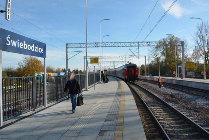 Rusza budowa nowego przystanku kolejowego w centrum Wałbrzycha [zdjęcia]