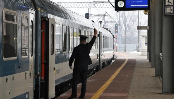 Większe prawa pasażerów na kolei prawdopodobnie od 2021 roku
