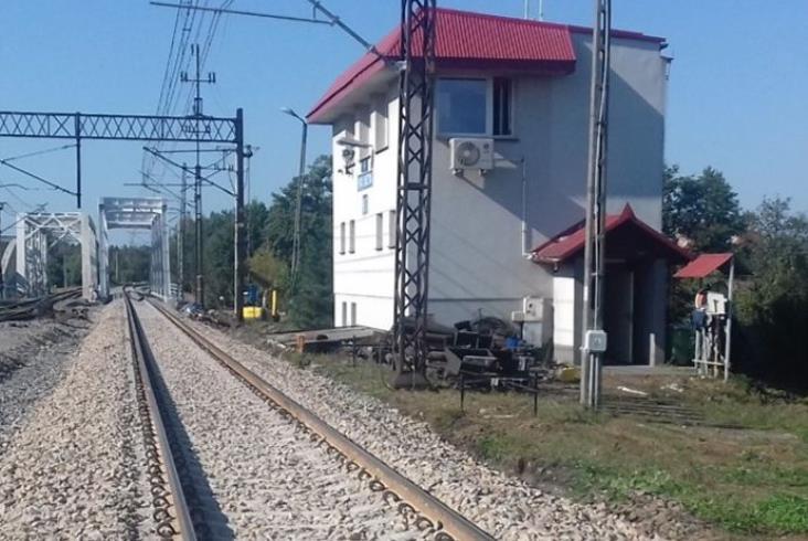 Kolejarze zbudowali trzeci most nad Trzebośnicą