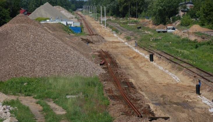 Rozgrzebane tory po Astaldi. Na siódemkę pociągi wrócą za rok?