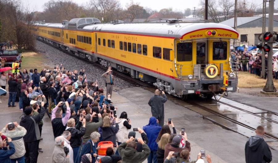 USA: Pogrzeb George'a Busha w obiektywie Union Pacific [ZDJĘCIA]