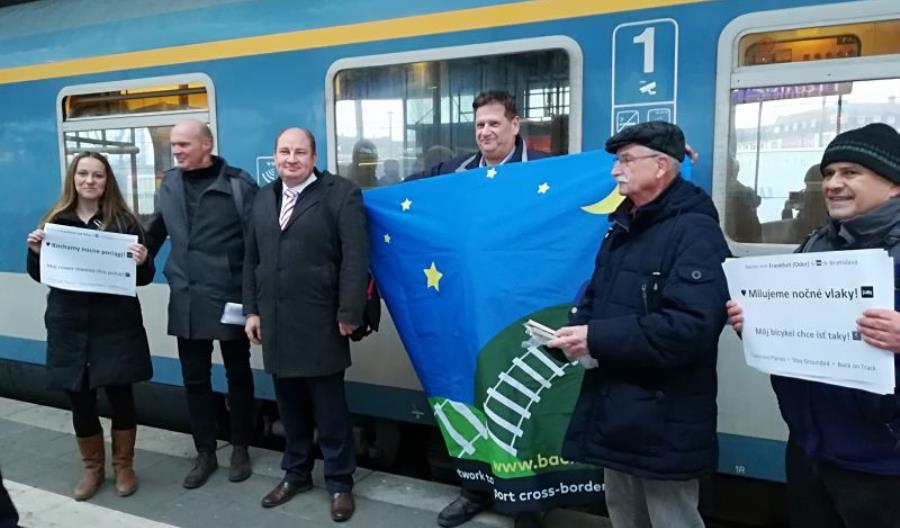Ruszyło połączenie Berlin – Wrocław – Wiedeń. Zdjęcia z Nightjet