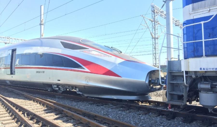 Chiny: Bombardier dostarczy kolejne składy KDP