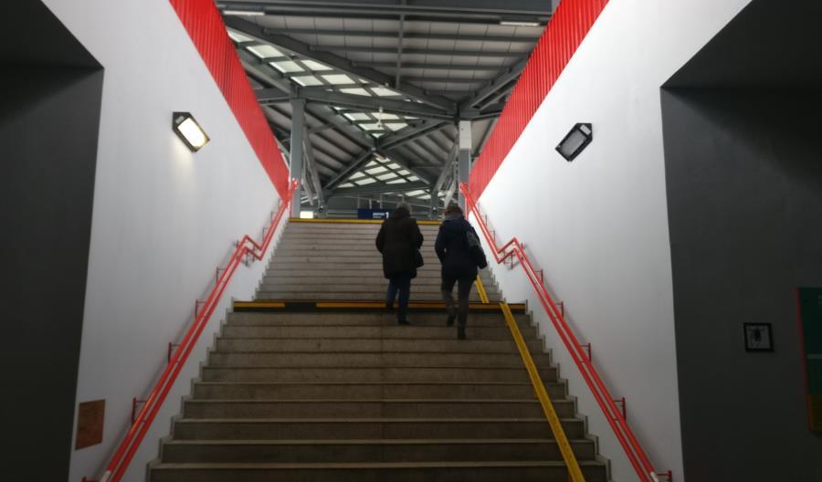 Przystanki SKM w Rumi Janowie i Gdyni Chyloni po nowemu [zdjęcia]