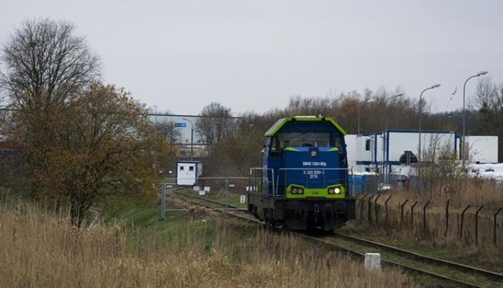 Gdańsk sprzedał bocznicę kolejową. Tor zdemontowano, wagony utknęły