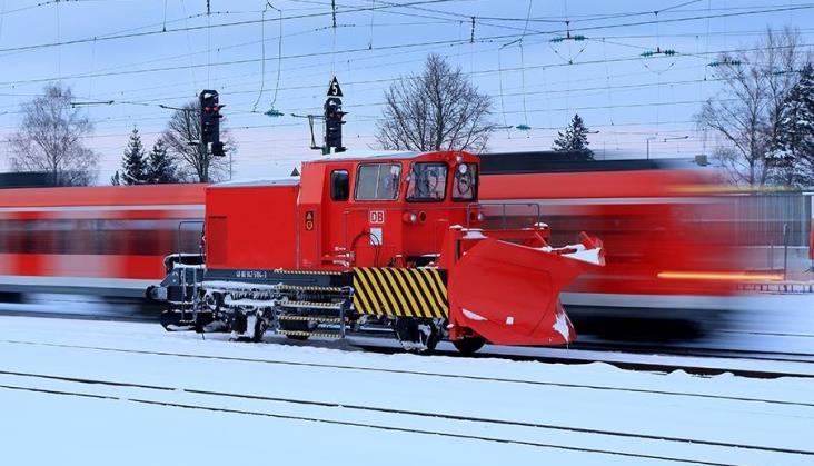 Część linii kolejowych na południu Niemiec zamknięto ze względu na śnieżyce
