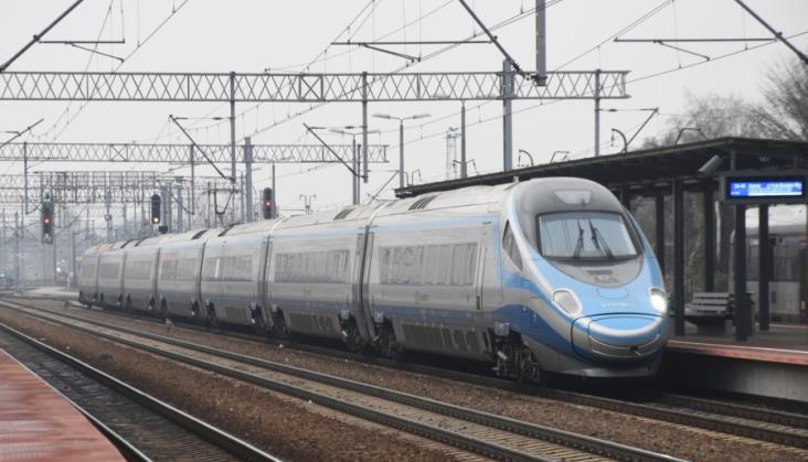 CMK do 250 km/h. Mamiński: Obawiajcie się ekspansji polskiej kolei