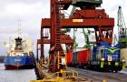 Port Szczecin-Świnoujście: Kolej i samochody idą łeb w łeb w transporcie zaplecza