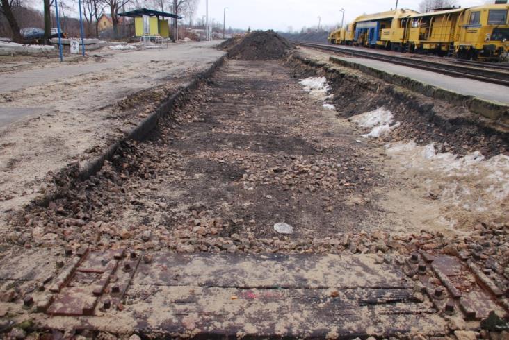 Lubelskie: Trwają prace torowe między Kraśnikiem a Zaklikowem