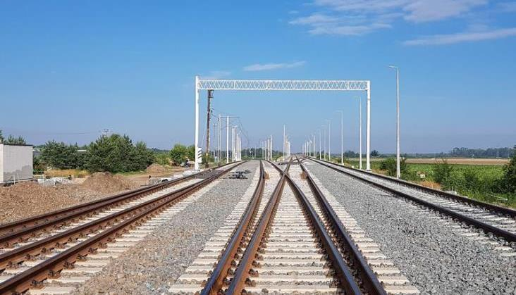PLK: W czerwcu powrót pociągów na linię do Poznania, we wrześniu - do Lublina