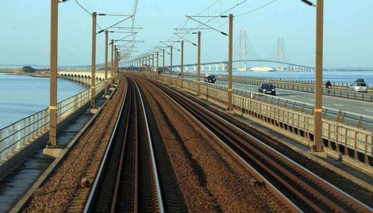 Alert bezpieczeństwa w związku z katastrofą kolejową w Danii