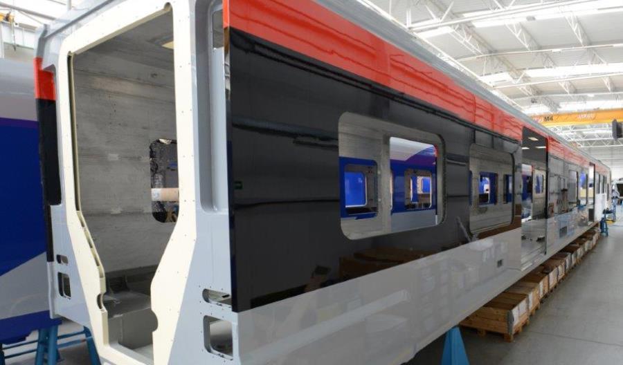 Umowa na rozbudowę pociągów ŁKA o dodatkowy człon podpisana