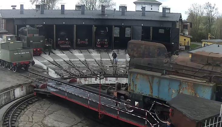 Wolsztyn: TKt48 uszkodził budkę obrotnicy. Naczelnik: Będzie naprawa