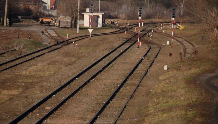 Ile pociągów pasażerskich pojedzie między Mielcem a Dębicą?