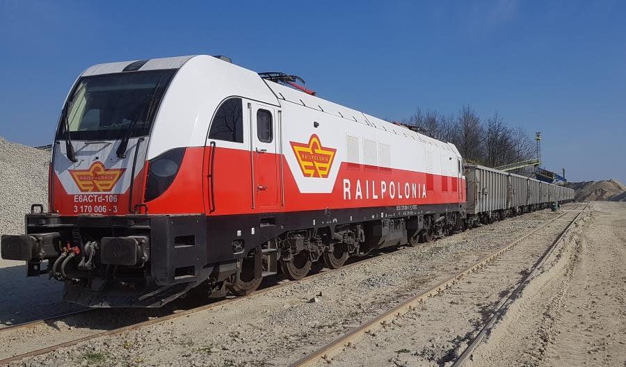 Railpolonia z Dragonem od Newagu w nowym malowaniu [zdjęcia]