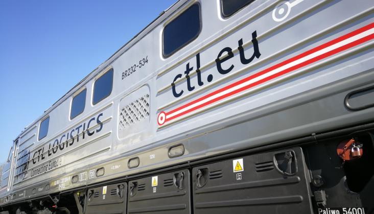 Pierwsza z kupionych przez CTL Logistics lokomotyw BR232 już na torach
