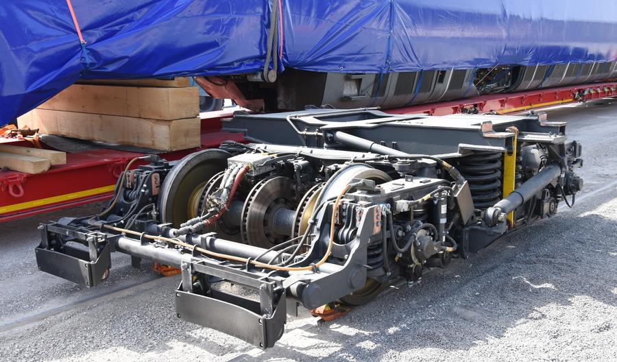 Pendolino rozbite w Ozimku wysyłane do Włoch na naprawę [nowe zdjęcia]