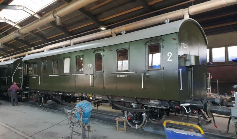 Wolsztyn: Odświeżone wagony dwuosiowe [zdjęcia]