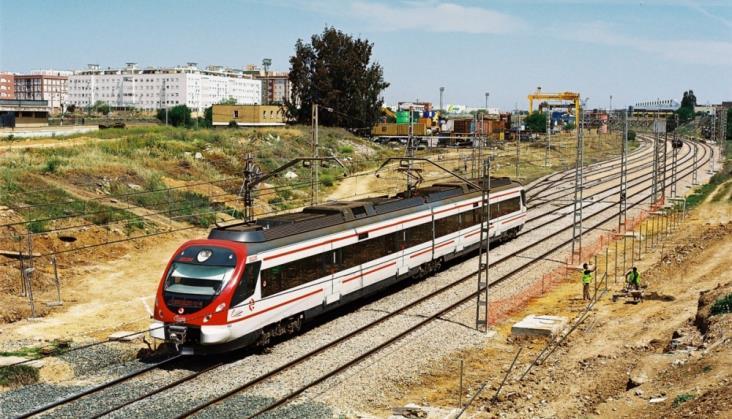 Hiszpańskie Renfe zapowiada przetarg na 105 szybkich regionalnych pociągów