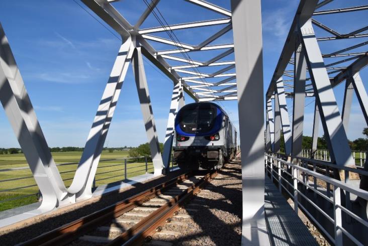 E20: Gama sprawdziła mosty pod Koninem