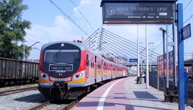 Opolskie wiąże się z Polregio do 2030 r. Z szansą na cztery nowe trasy