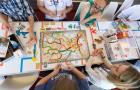 Pasażerowie wchodzą do gry – planszówki wracają do pociągów PKP Intercity