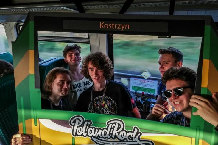UTK pisze do Adama Bodnara w sprawie dojazdu na Pol'and'Rock. Pociągi jeżdżą bez przeszkód [zdjęcia]